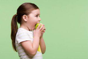 يقي التفاح الأخضر الأطفال من الربو وأمراض الجهاز التنفسي